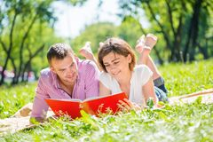 Date in park Stock Images