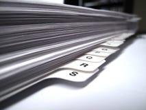 Dateien auf Schreibtisch Stockfotografie