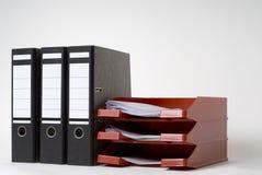 Dateien und ein Zeichenkasten Stockfotos