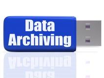 Daten-Archivierungs-USB-Stick zeigt Dateiorganisation Lizenzfreie Stockfotos