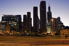 Datenbahn in im Stadtzentrum gelegenem Chicago Lizenzfreie Stockfotos