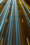 Datenbahn nachts. stockbild