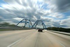 Datenbahn und Brücke Lizenzfreie Stockbilder
