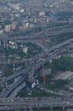 Datenbahnen an der Hauptverkehrszeit Stockfotos