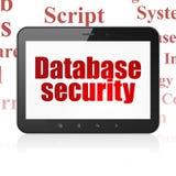 Datenbankkonzept: Tablet-Computer mit Datenbank-Sicherheit auf Anzeige Lizenzfreie Stockfotos
