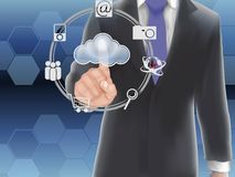 Datenverarbeitungskonzept der Wolke, Fingerberühren Lizenzfreie Stockfotografie