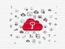 Datenverarbeitungskonzept der Wolke: Wolke mit Schlüssel auf Wandhintergrund Lizenzfreies Stockbild