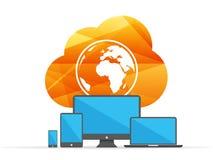 Datenverarbeitungszeichen der bunten glänzenden geometrischen Wolke mit Kugel und digitalen Geräten Getrennt auf Weiß Lizenzfreie Stockfotografie