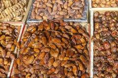 Dates sur un marché au Maroc Images stock