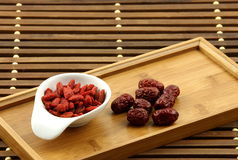 Dates wolfberry et rouges chinoises Images stock