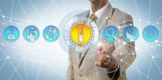 Dati d'accesso esecutivi di Pharma sulla scoperta della droga immagini stock