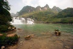 Datian vattenfall (dygdig himmelvattenfall) i Kina Royaltyfri Fotografi