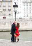 Dating couple in Paris Royalty Free Stock Image