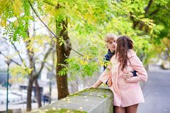 Dating couple in Paris on a nice spring day Royalty Free Stock Images