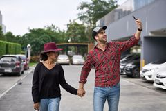 Dating of interracial couple Stock Photography