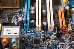 Datormoderkortdelar stänger sig upp Royaltyfri Bild