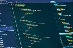 Datorskriftkod Linjer av html och css-koden, closeup Utveckling för rengöringsdukdesign och rengöringsduk royaltyfri bild