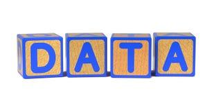 Datos - bloques del alfabeto de los niños coloreados. Fotografía de archivo
