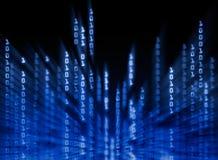 Datos del código binario que fluyen en la visualización Fotos de archivo