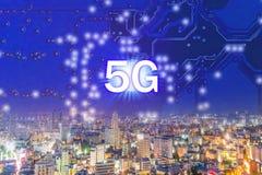 Datos digitales sociales de la NUEVA red del concepto 5G foto de archivo libre de regalías