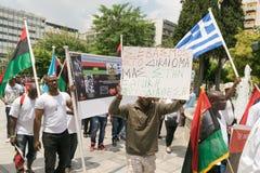 DATUM: 30 kan 2015 LÄGE: Sintagma i Aten Grekland HÄNDELSE: 30th kan samla dag i minne av Biafrans stupade hjältar som Arkivbilder