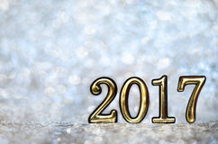 Datum 2017 på en silverbakgrund Arkivbilder