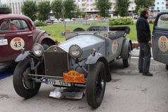 DAUERWELLE, RUSSLAND - 29. JUNI: Sammlung von Retro-autos Peking-Paris 2016, Lizenzfreies Stockbild