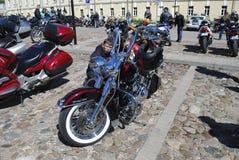 Daugavpils/Letland - Mei 5 2018: Het jaarlijkse verzamelen zich van fietsers van de Baltische landen in Daugavpils stock afbeelding