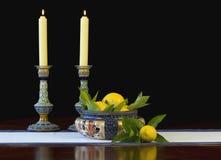 Daulton Lambeth Schüssel und Kerzenhalter lizenzfreie stockbilder