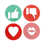 Daumen auf und ab, Herz, Lippenikonen Flaches Design Lizenzfreies Stockfoto