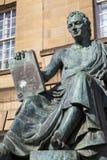 David Hume Statue in Edinburgh stock afbeeldingen