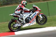 Davide Giugliano #34 στο εργοστάσιο Aprilia RSV4 1000 με τη Althea που συναγωνίζεται την ομάδα Superbike WSBK Στοκ Εικόνες