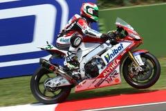 Davide Giugliano #34 en la fábrica 1000 de Aprilia RSV4 con Althea Racing Team Superbike WSBK Fotos de archivo