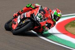 Davide Giugliano - ITA Ducati Panigale 1199 R Aruba det som springer - Ducati Royaltyfri Bild