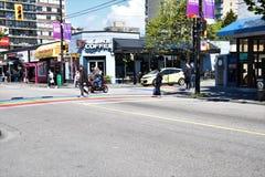 Davie St ? a rua LGBTQ2 amig?vel imagem de stock royalty free