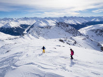A couple of skiers Royalty Free Stock Photography