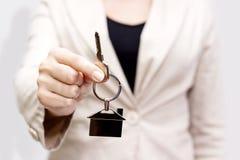 Dawać domowym kluczom Zdjęcie Stock