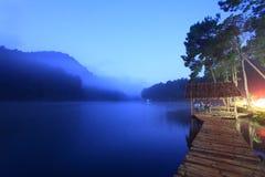 Dawn σε μια δεξαμενή Στοκ Εικόνες