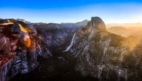 Dawn στην κοιλάδα Yosemite Στοκ φωτογραφίες με δικαίωμα ελεύθερης χρήσης