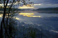 Dawn στη λίμνη, Ρωσία Στοκ Φωτογραφία