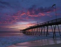 Dawn in Avalon Fishing Pier royalty-vrije stock afbeeldingen