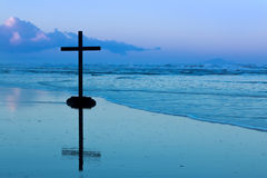 Dawn Beach Cross Royalty Free Stock Photography