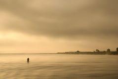 Dawn bij de rivier. Royalty-vrije Stock Foto's