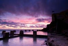 Dawn bij het Strand van Coogee - van Sydney Stock Fotografie