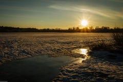 Dawn in de winter Stock Afbeelding