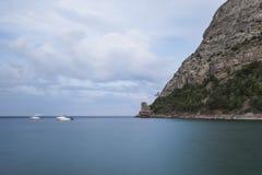 Dawn in de Zwarte Zee Ochtendzeegezicht met bergen Royalty-vrije Stock Fotografie