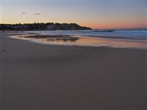 Dawn op Bondi-Strand Royalty-vrije Stock Afbeeldingen