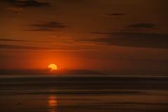 Dawn op zee Stock Fotografie