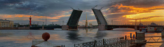 Dawn over Neva and bridges in St. Petersburg Stock Photography