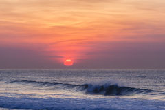 Dawn Sunrise Waves Colors Royaltyfri Fotografi